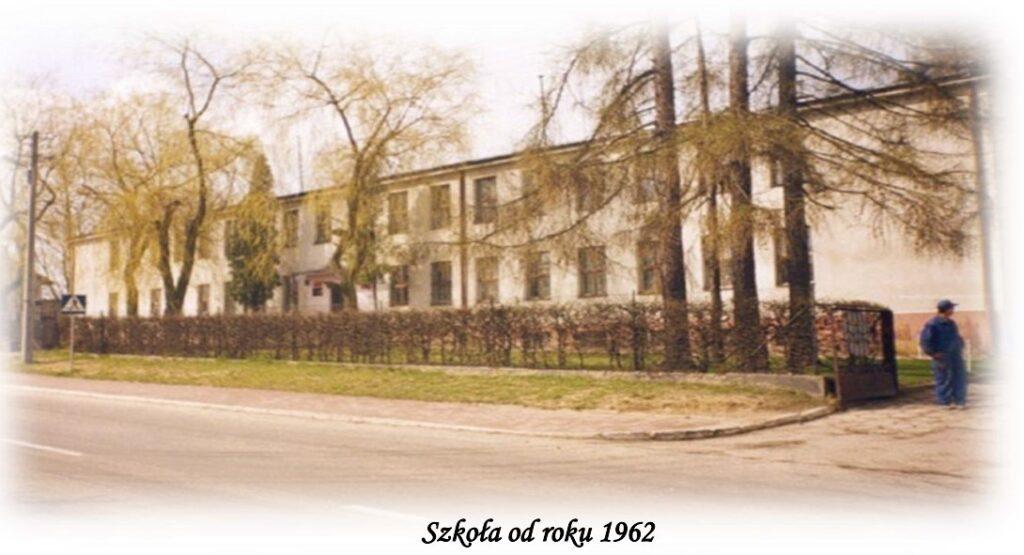 Budynek szkoły w Lipcach od 1962 roku