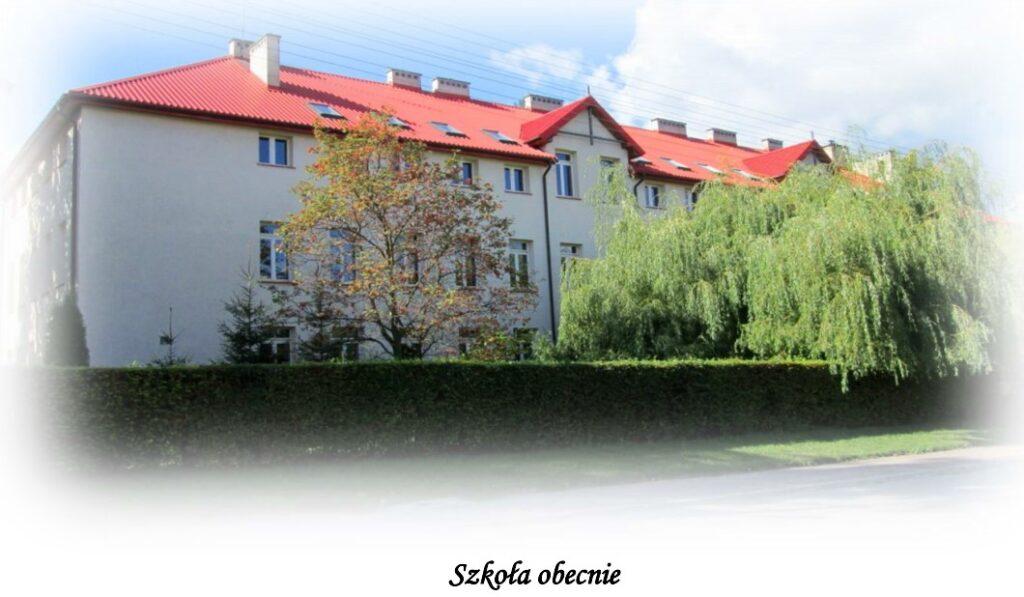 Bydynek szkoły w Lipcach - obecnie